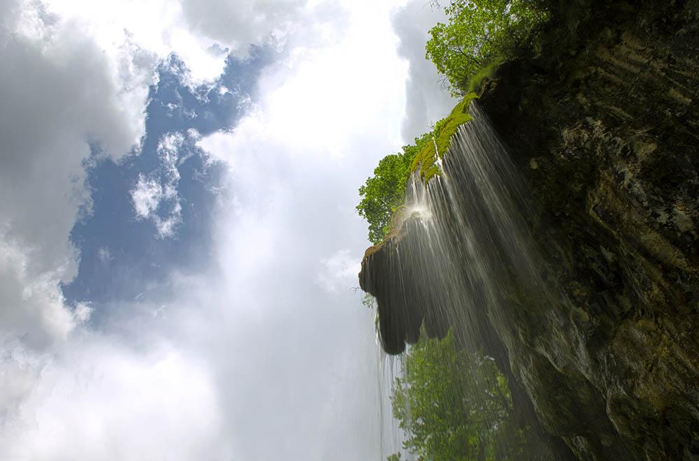 019.3. Tarusi Marius. Cascada (Valea Verde, Muntii Apuseni)