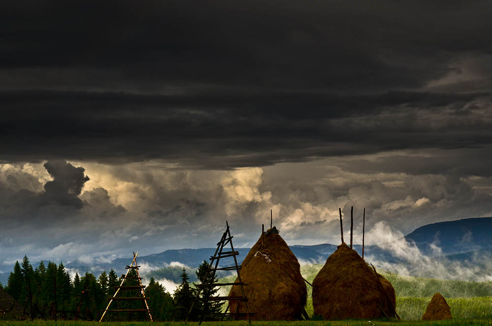 057.3. Virbanescu Daria. Se apropie furtuna (Moldova)