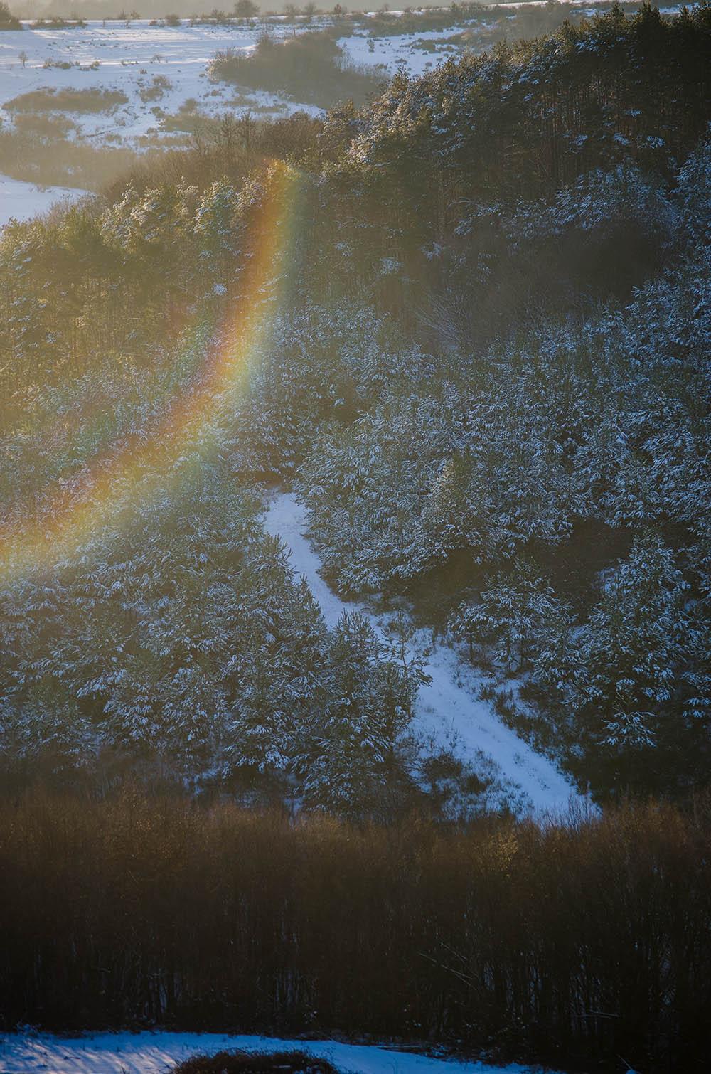 090.3. Suciu Daniel Gabriel. Parfum de iarna in culori (Baita de sub Codru)