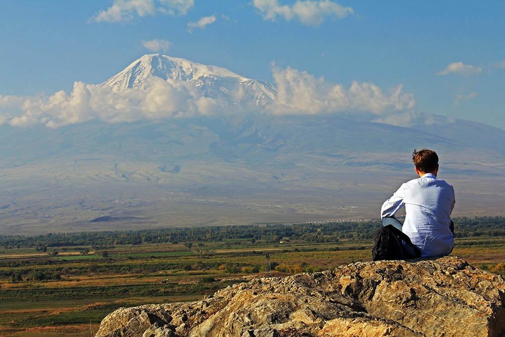 135.2. Dandarila Marian. Ararat (Khor Virap, Armenia)