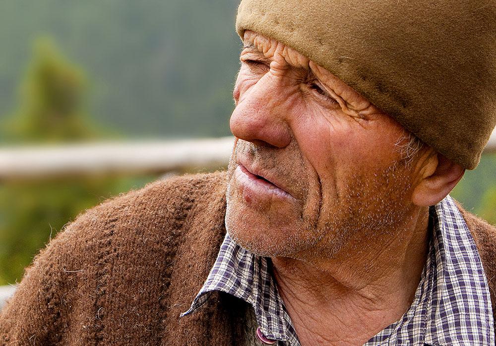 2010 – Fotoreportaj – Premiul 1 – Despinel Dragomir – Brânză de munte – 2
