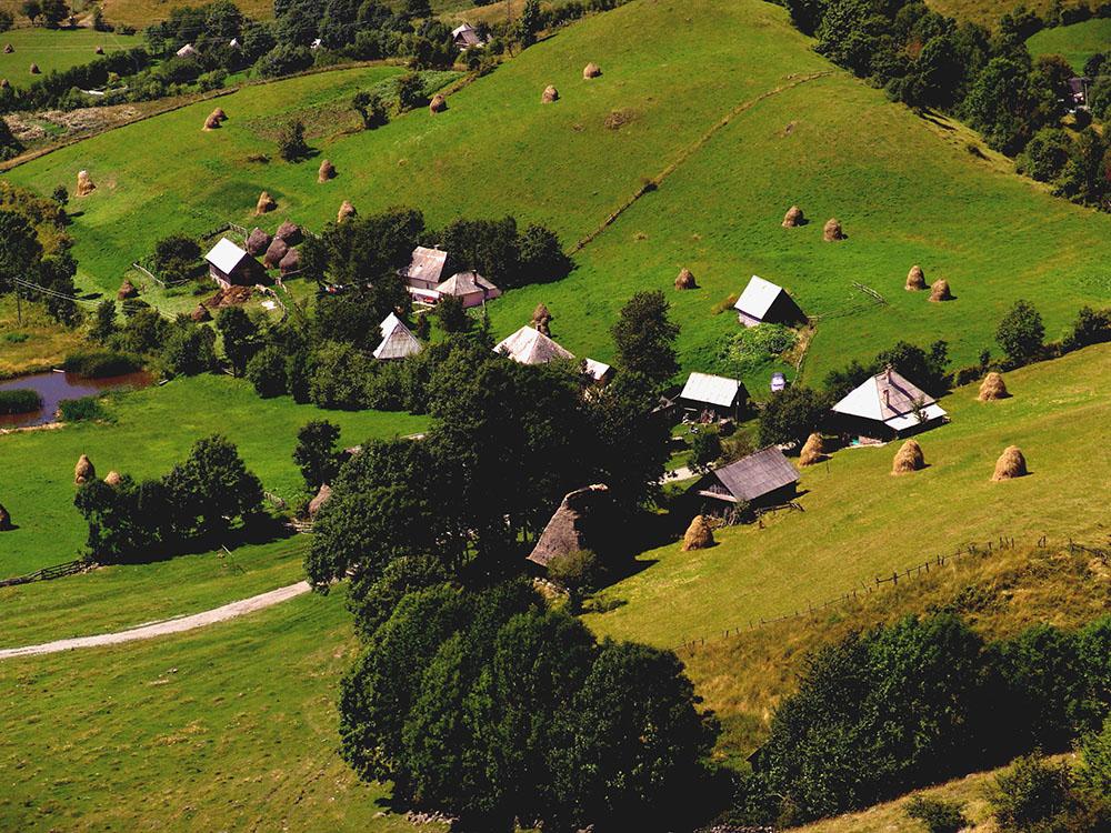 2012 – Fotoreportaj – Premiul 2 – Laura Rădescu – Roșia Montană (Munții Apuseni) – 2