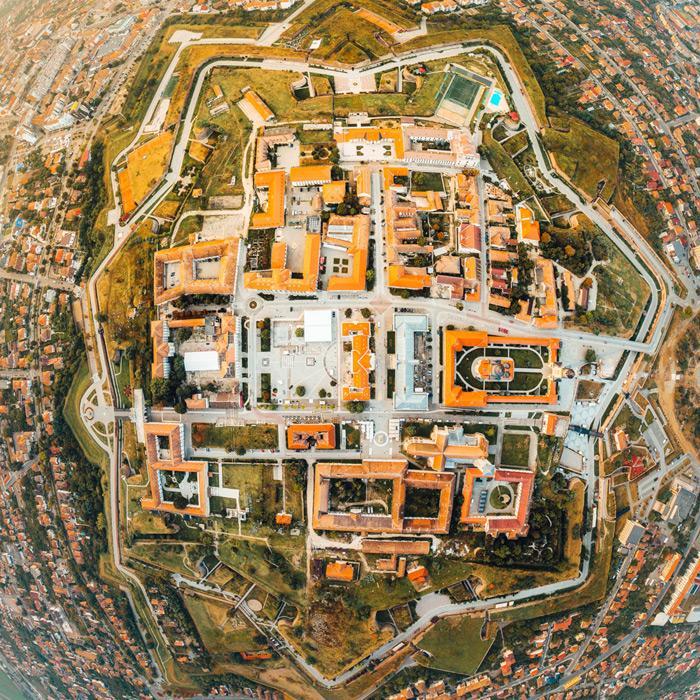 186.1.-Asaftei-Dragos.-Alba-Carolina,-steaua-din-inima-Romaniei-(Cetatea-Alba-Iulia)
