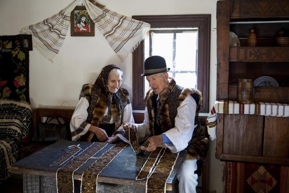 26.2. Scurtu Gelu. Mestesugari Bucovineni (Bucovina)